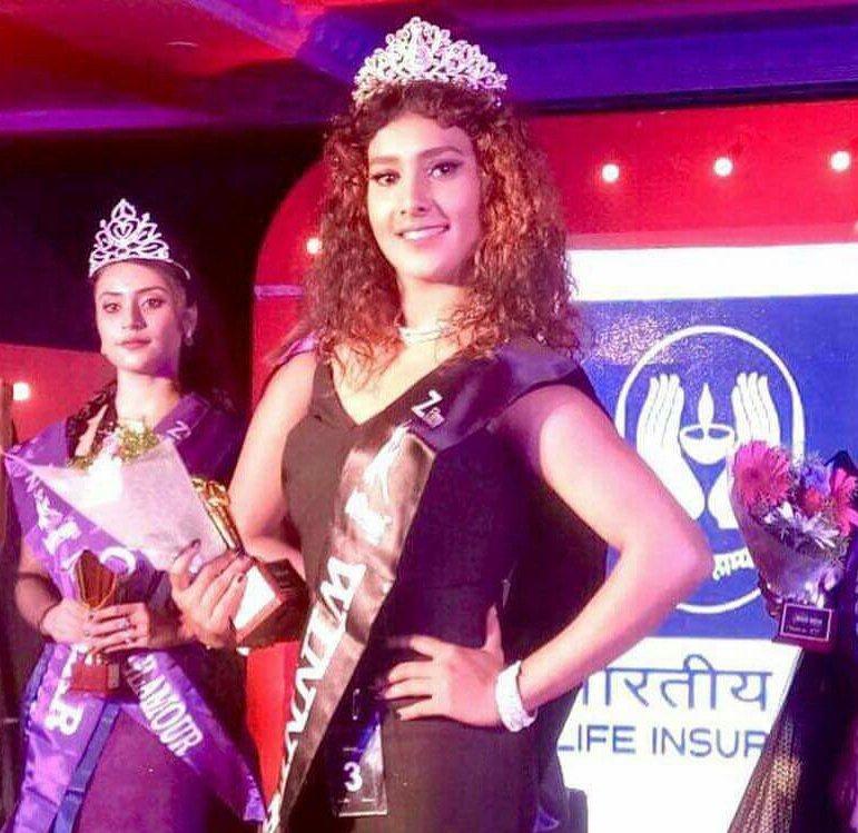 Annie Prince Nag-Miss India Elegant 2017 title