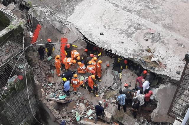 10 dead after three-storey building collapses in Maharashtra's Bhiwandi