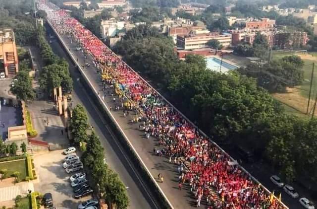 Farmers Army marching towards Delhi
