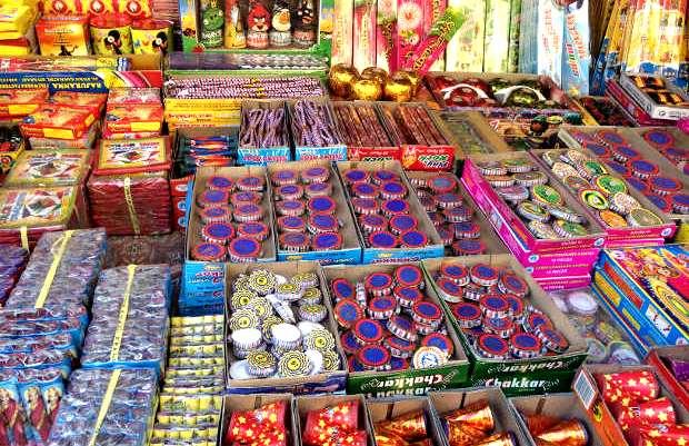 Odisha Govt prohibits sale & bursting of firecrackers