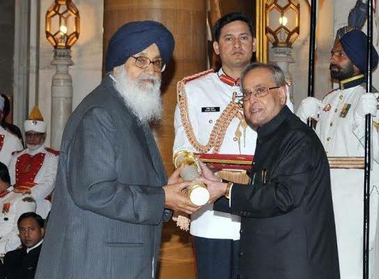 Parkash Singh Badal Padma Vibhushan