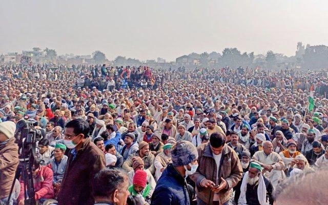 Massive congregation of Farmers at Muzaffarnagar, Uttar Pradesh in support of Farmer Leader Rakesh Tikait