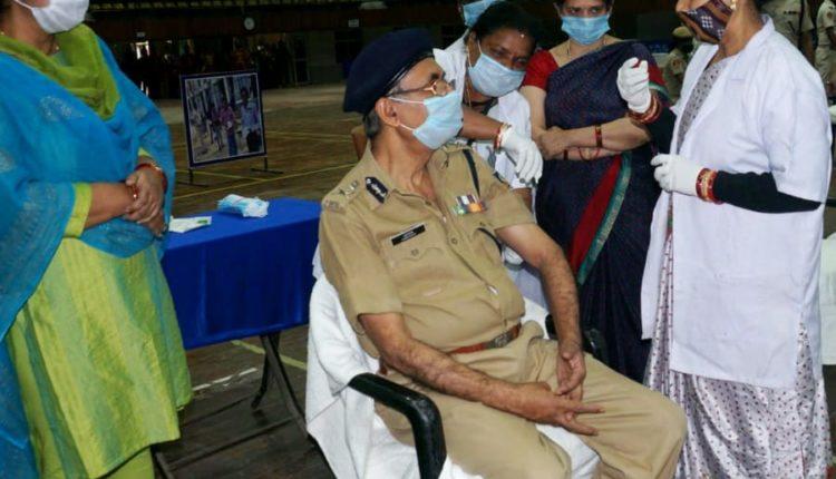 Odisha DGP Abhay gets Covid Vaccine Shots