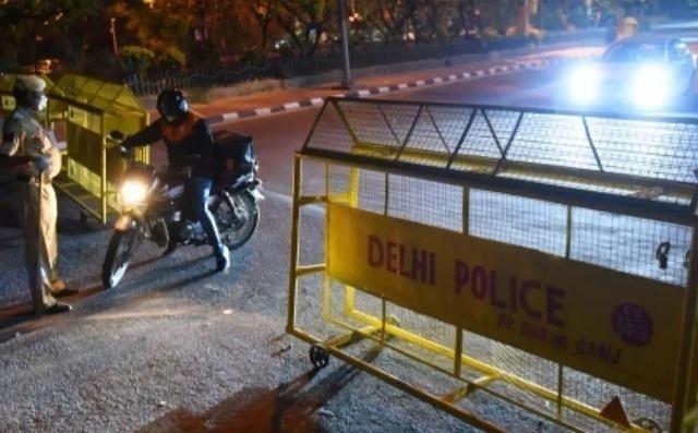 Night Curfew returns to Delhi