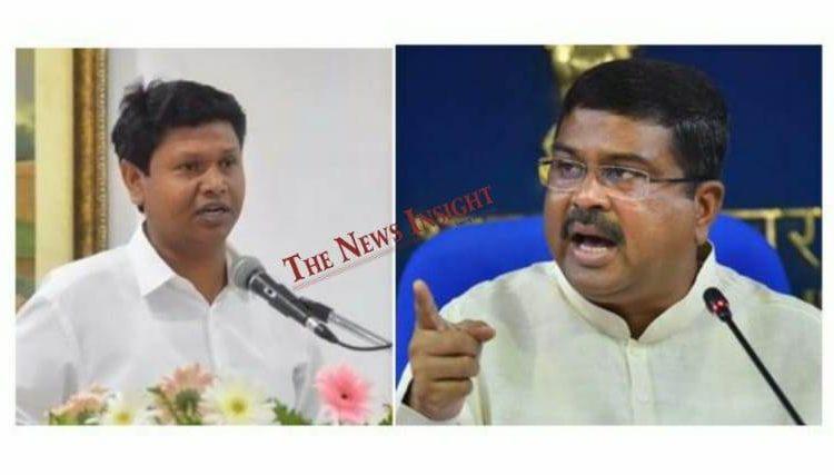 Odisha Politics-Pranab Prakash Das takes a dig at Dharmendra