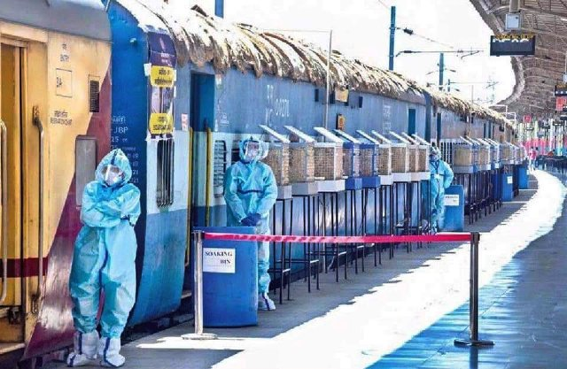 Railway Ministry deploys 4,000 isolation coaches amid surge in COVID-19 cases