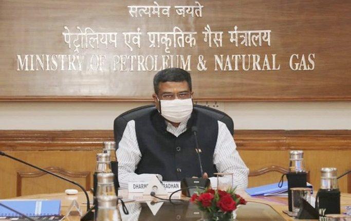 Dharmendra seeks 19 more Medical Oxygen Plants for Odisha