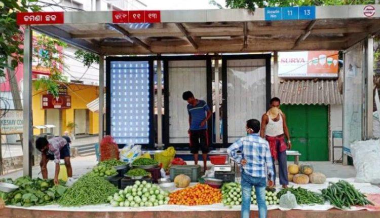 Naveen Patnaik's soothing balm for Urban Street Vendors