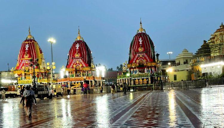 Bahuda Jatra-All 3 chariots of Holy Trinity reach Singhadwara